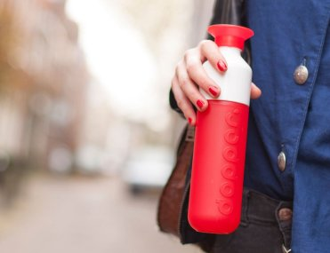 Reusable-Two-In-One-Bottle-and-Cup-by-Dopper-01