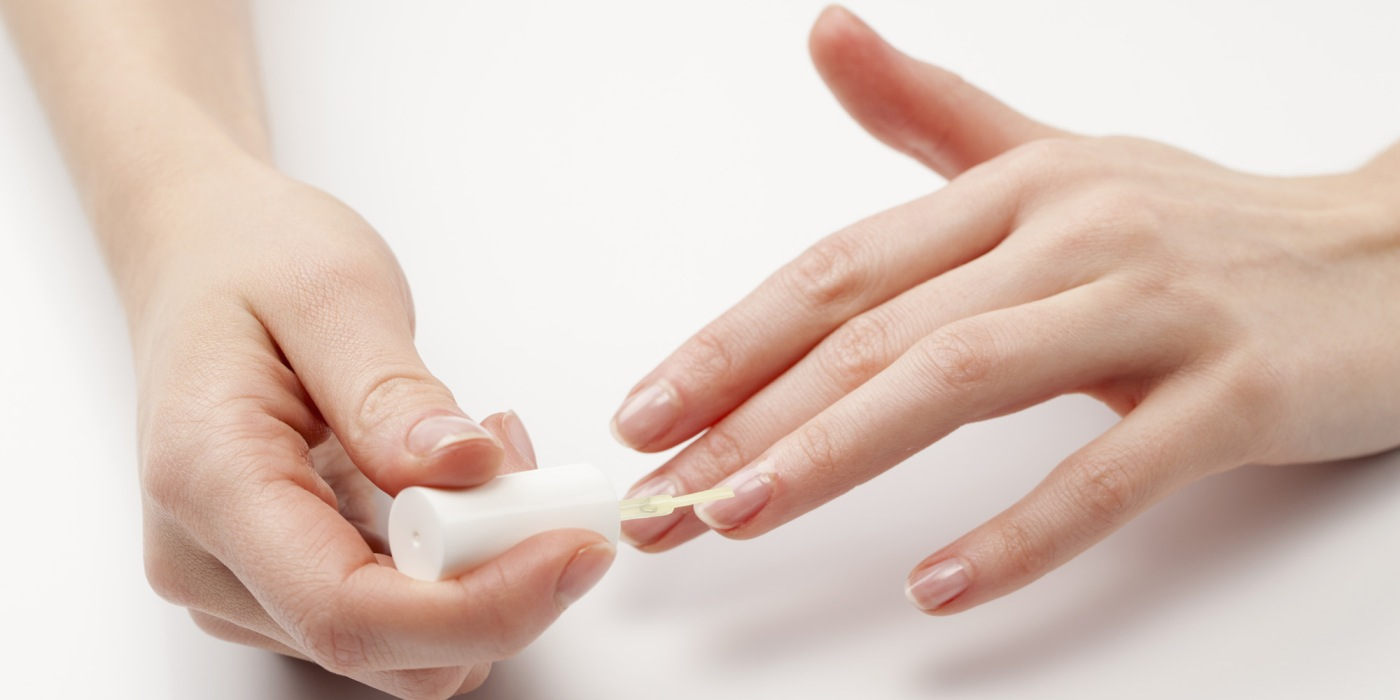 Guide to non-toxic manicures – Green Dreams